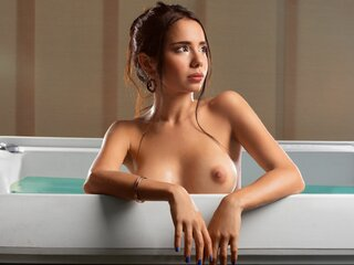 SahiaMoore show naked hd